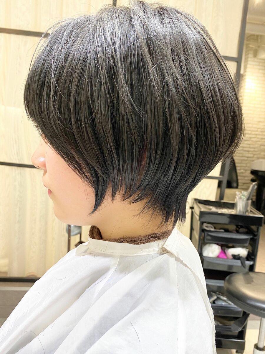 前髪ありショートボブパーマ20代30代