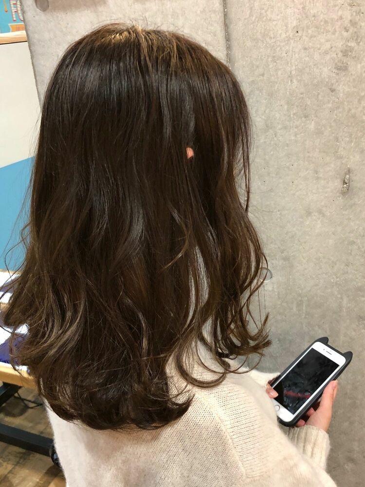 ACE 艶髪オリーブグレージュ×波巻きウェーブ 横浜駅から徒歩5分