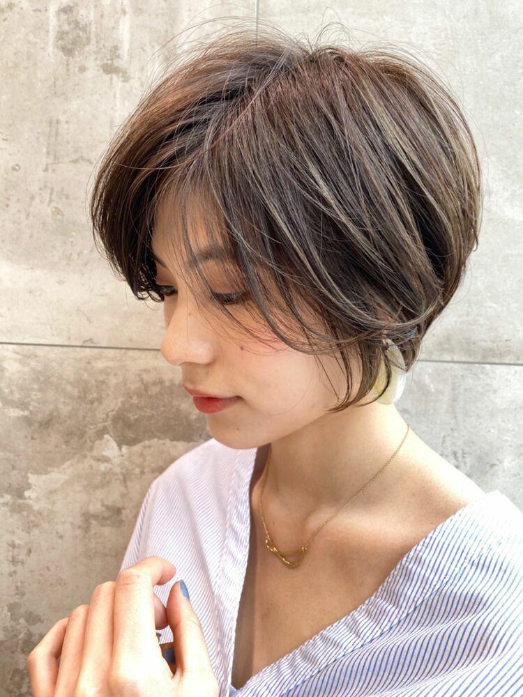 25歳〜30代大人前髪長め×丸みショート