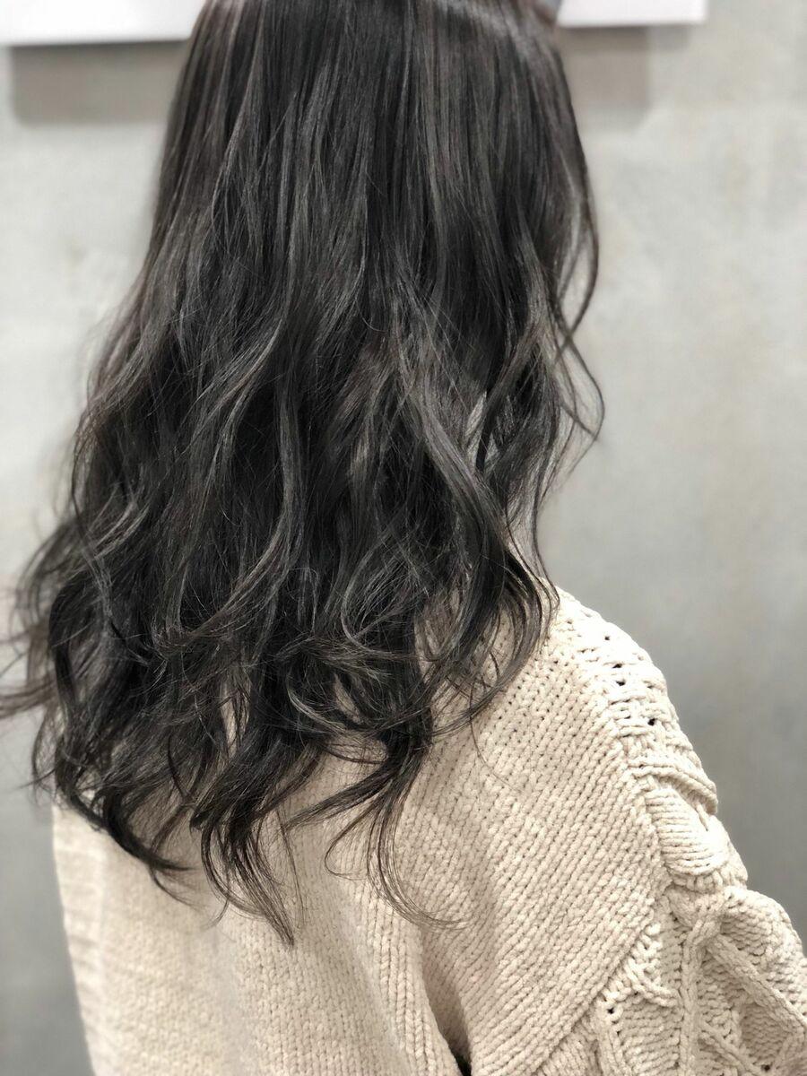 ハイライト オンブレ ハイコントラスト 暗髪