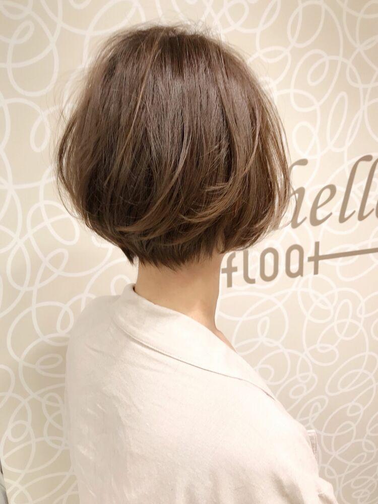 小顔・ツヤ・トップのボリューム・動き・収まり・モテ髪を叶えるマルチな新カット技法のCカーブカット