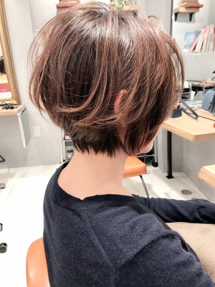 小顔・ツヤ・トップのボリューム・動き・収まり・モテ髪を叶える新カット技法のCカーブカットのショート