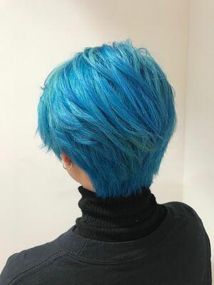 allys hair aoyama 和嶋信和 ホワイトブルーカラー☆インスタ@allys_waji