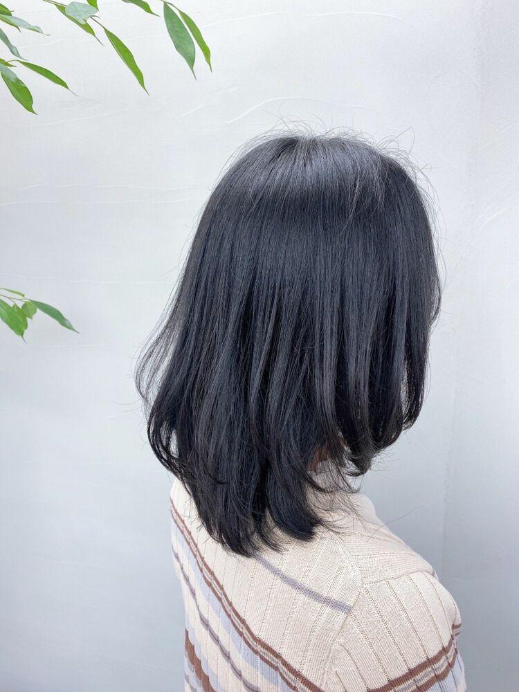 【ミディアムレイヤー】毛先1カールが可愛い