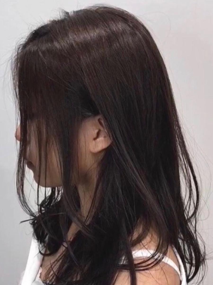 顔周り後れ毛で魔法の羽