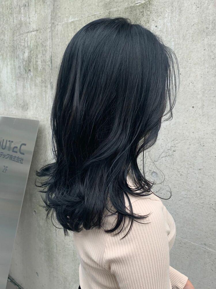 ブリーチなし大人可愛い地毛風黒髪暗髪ブルーブラックネイビーカラー韓国風くびれミディアムカット