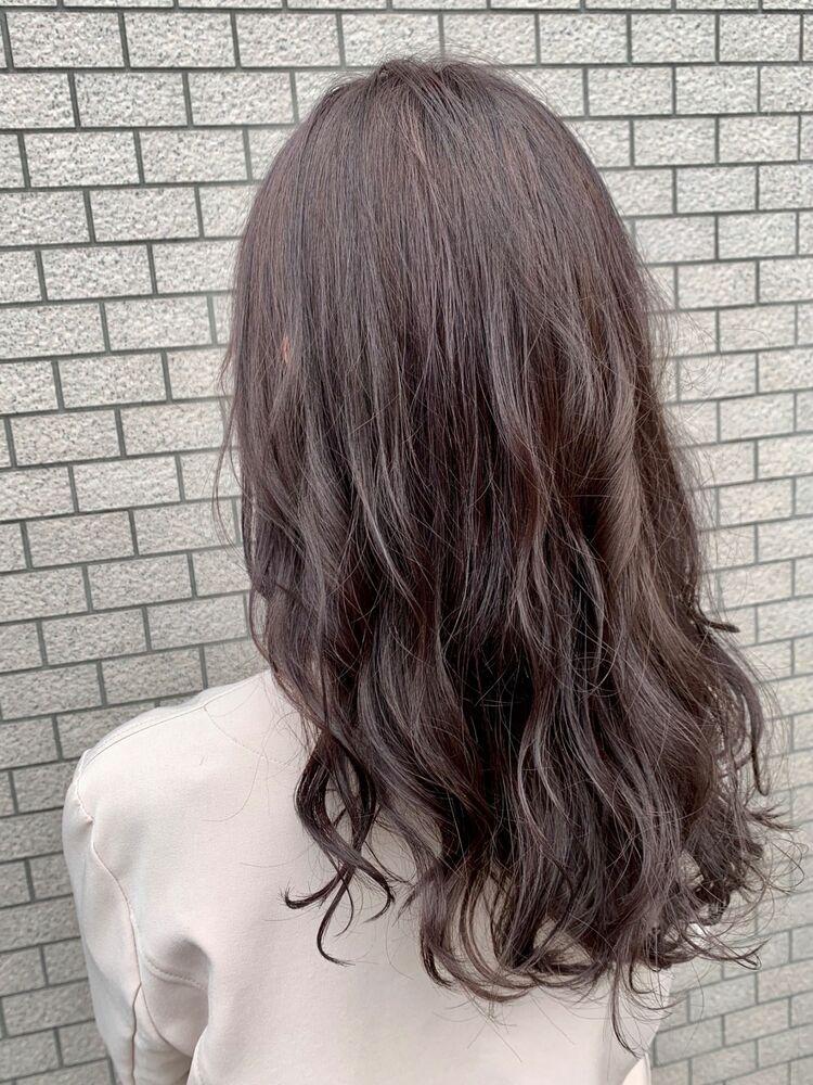 赤みブラウンで艶髪!ロングヘア