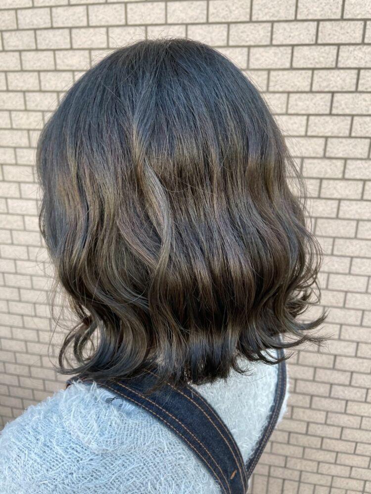 ブリーチなし◎伸びがすぐ気になる方必見金髪にならないグラデーションカラー