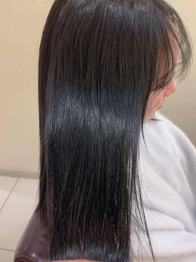 美髪カラーNo.1透明感ダークグレージュ&うるツヤストレート