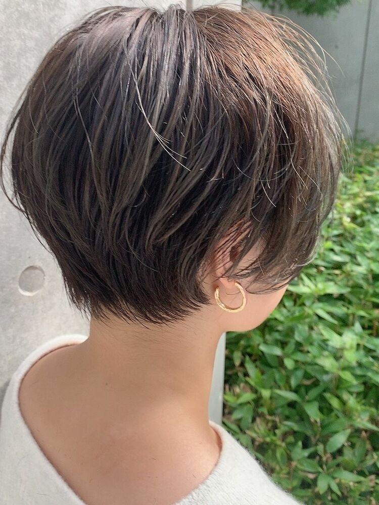 長め前髪襟足タイトなくびれショートヘア☆ハイライトグレージュカラー