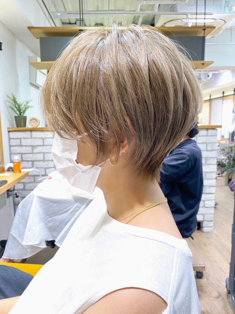 白髪ぼかしハイライト×横顔美人ショートボブ【中村】