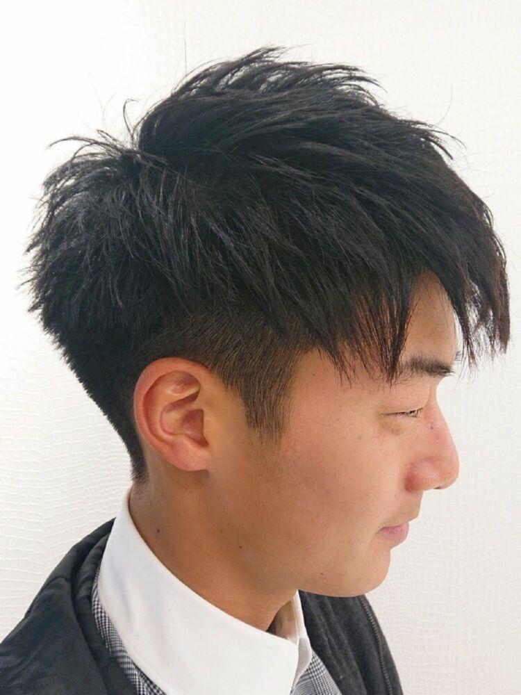 「黒髪×刈り上げショート」