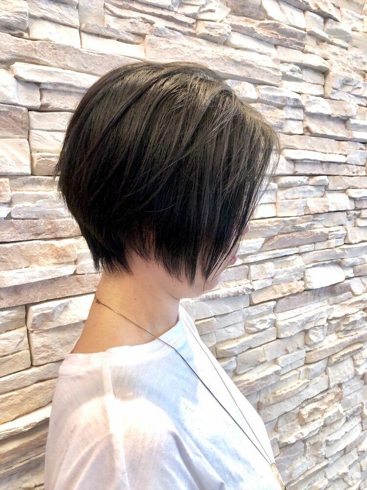 前下がりショートボブ。大人カッコ良いショートヘアー。絶壁の方でも大丈夫。。。黒髪ショートヘアー。