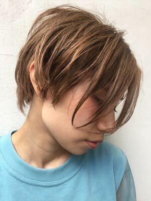 前髪無しの前下がりショートボブ。お手入れ簡単ショートボブ。絶壁の方でも大丈夫。