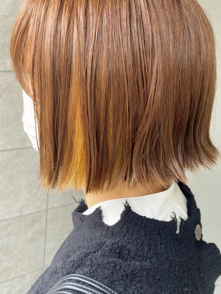 ミニボブ×黄色インナーカラー