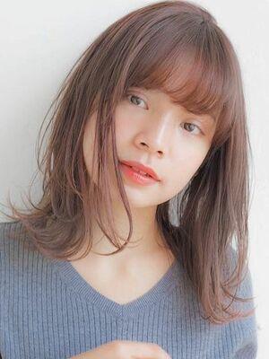 外ハネミディアムボブ☆ 自然な縮毛矯正はお任せください!くせ毛でお悩みの方はぜひ^ ^