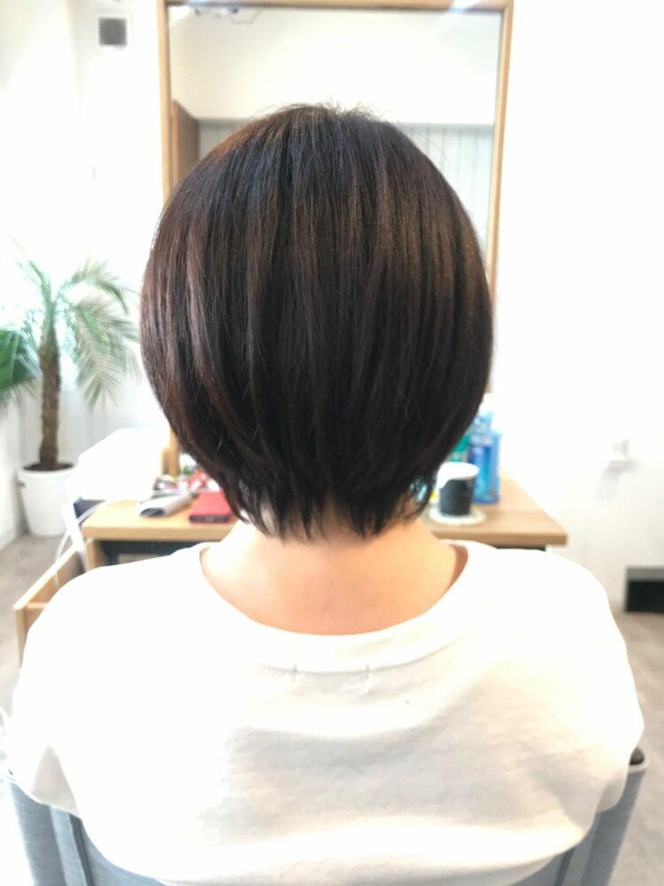 硬毛、剛毛でもOK!全方位美しく見えるコンパクト前上がりボブ
