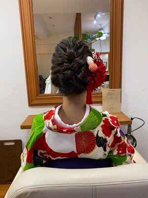 卒業式飾り映えヘアセット。