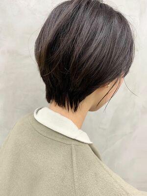 前髪長め丸みショート☆