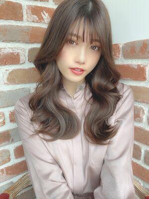 韓国レイヤー×小顔ロング