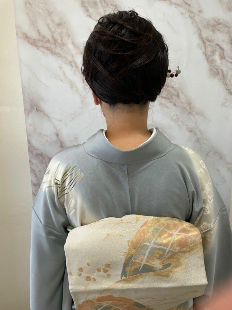 イベントでお宮参り沢山お着物有るので着てみました。民族衣装は素敵外人さんに人気なんです。