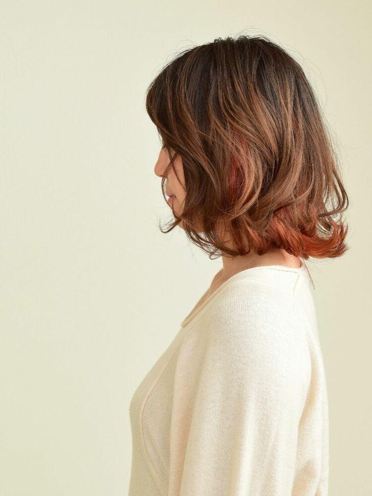 2020年人気のヘアカラー ピンクオレンジの半端丈ボブ