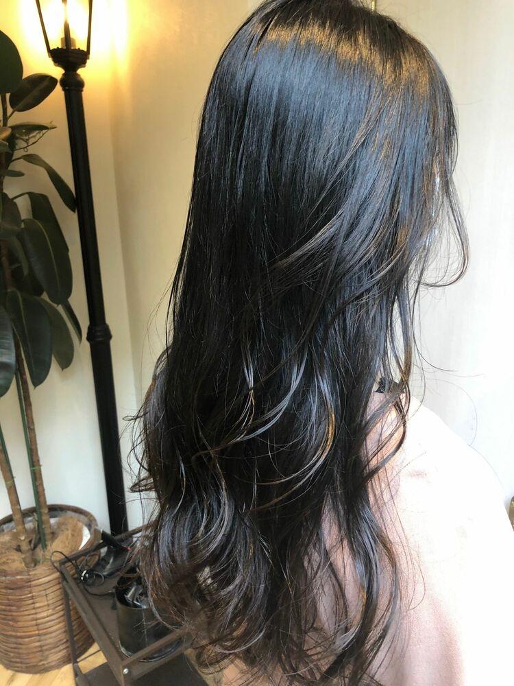 3種類のブルーで作る暗髪ヘアー