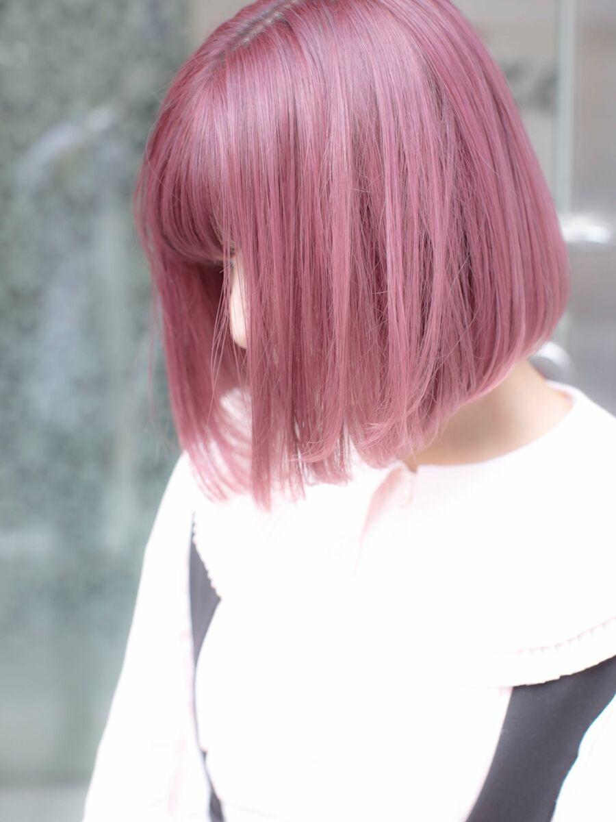 ダブルカラーでピンク!暗く染めてなければ1回のブリーチで入ります!