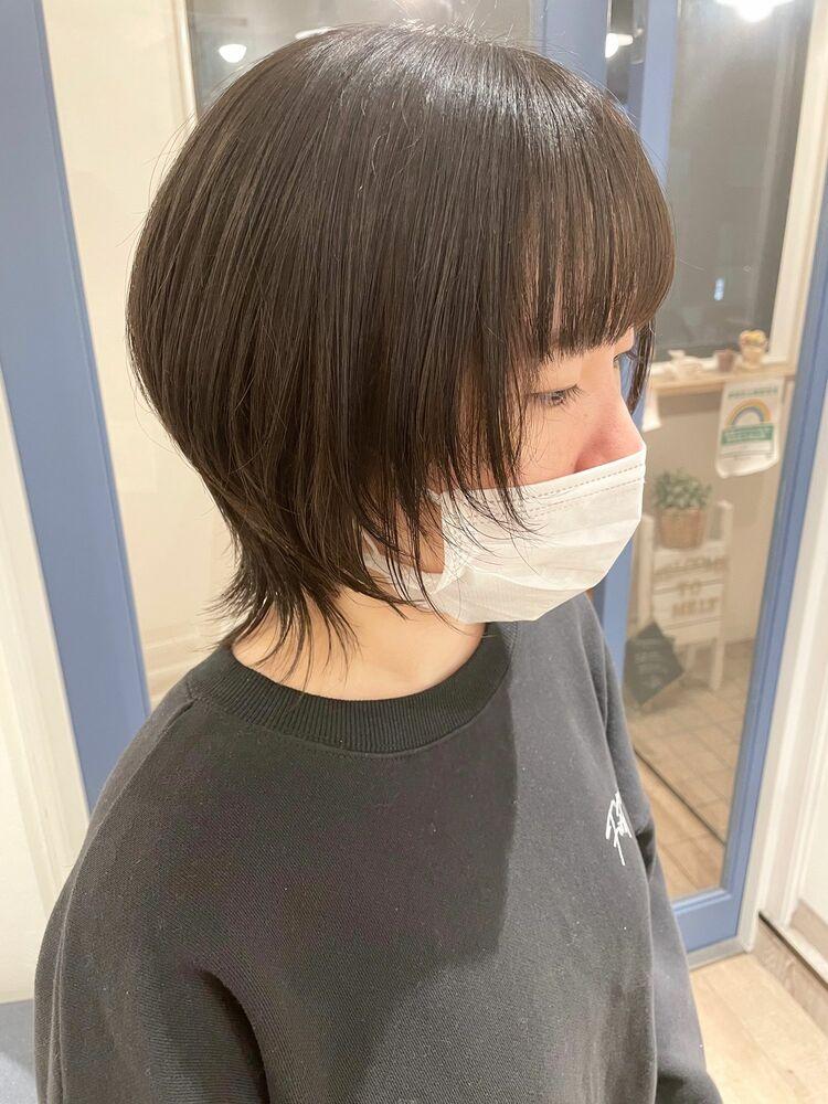 小顔ひし形ショートウルフカット☆ウルフレイヤー☆透け感カラー