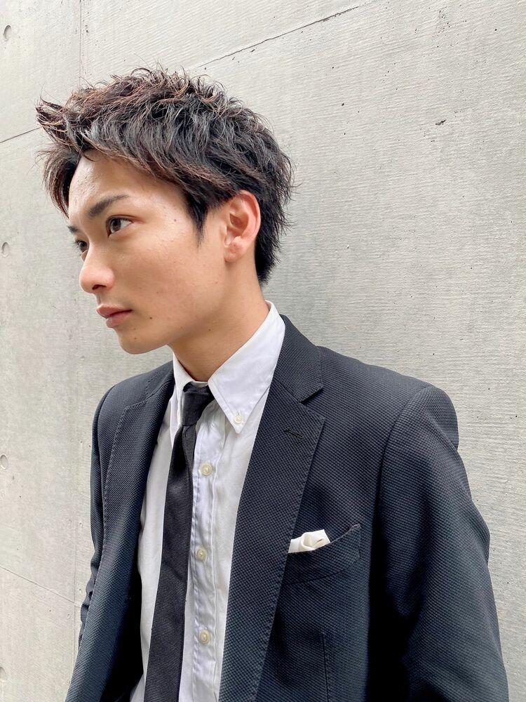 ビジネス スーツ 男性髪型