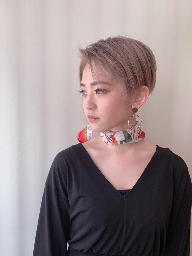 ハイトーン ハンサムショート かきあげカット+Wカラー8500円