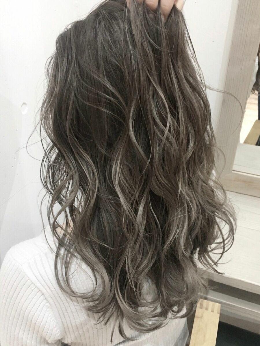 外国人風 バレイヤージュカラー grayカットカラー 7500円