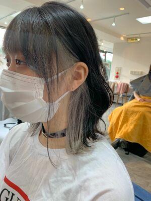 インナーカラー white silver カット+インナーカラー7500円