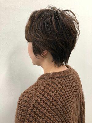 ハンサムショートヘアーとプチウルフヘアーの融合の人気ヘアー☆