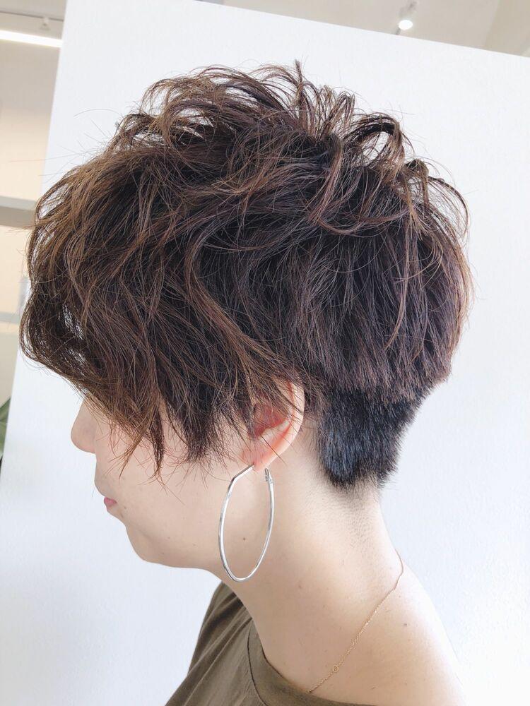 ベリーショートヘアーでクールビューティーウーマン☆