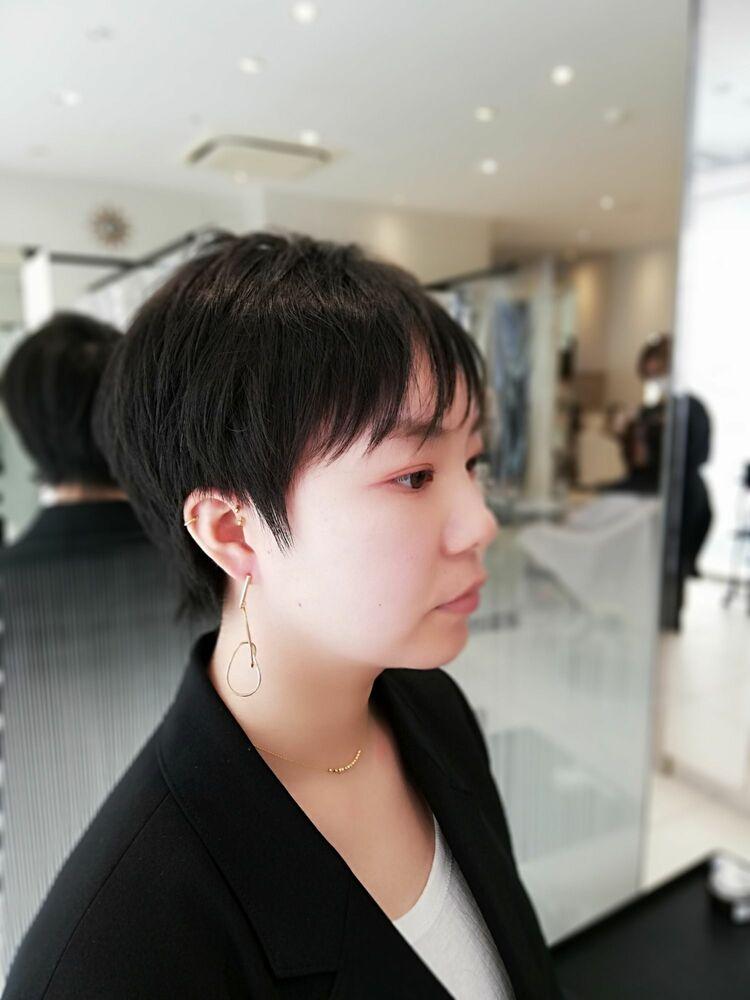 〈ZELE上尾〉黒髪 シンプル☆大人ショート