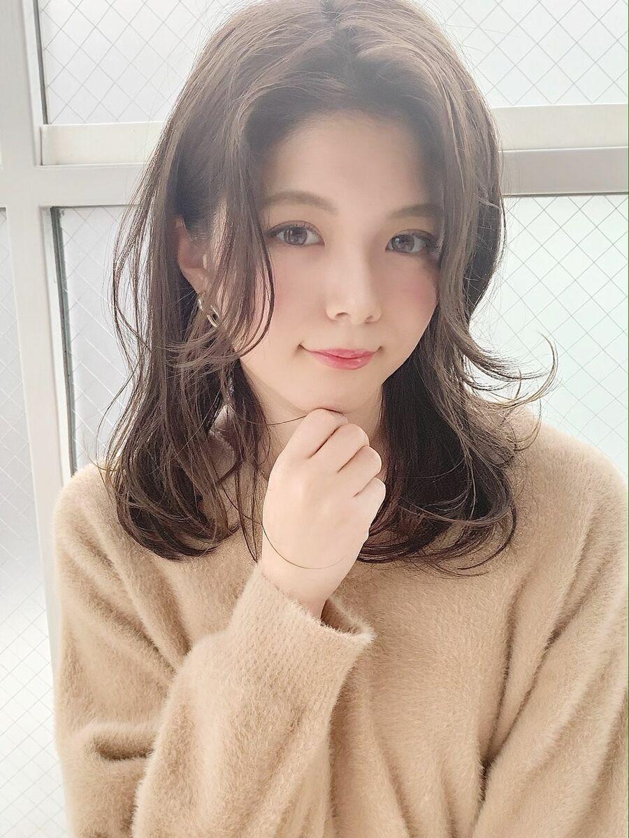 センターパート×セミディ×フェミニン『ネモトヨシキ』 表参道stylist