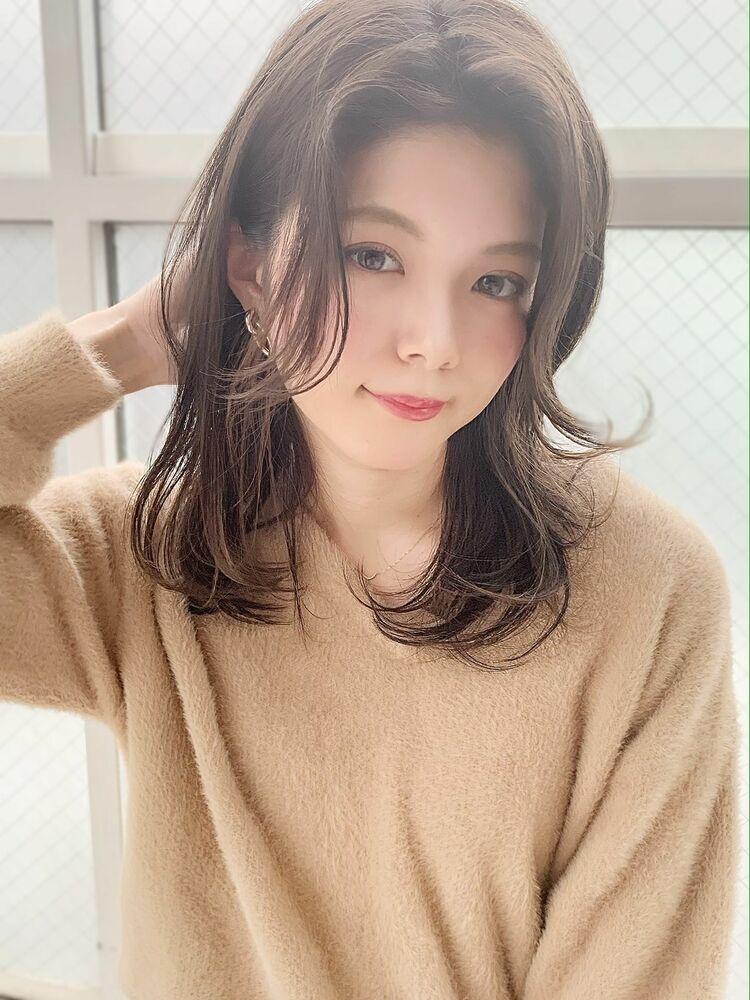 シアーベージュ×センターパート×セミディ『ネモトヨシキ』