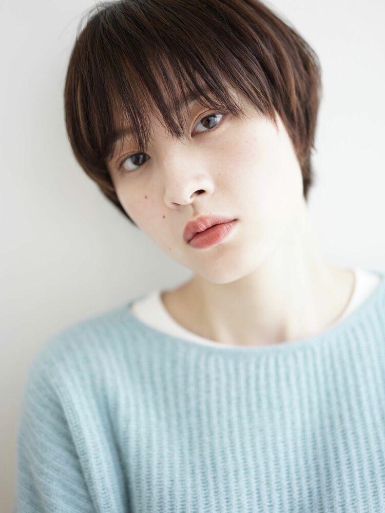 暗髪ショート/うざバング/チョコレートブラウン