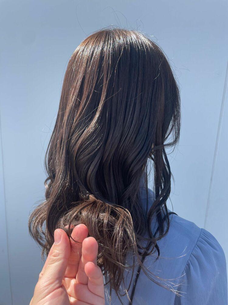 暗髪 艶髪アッシュブラウン
