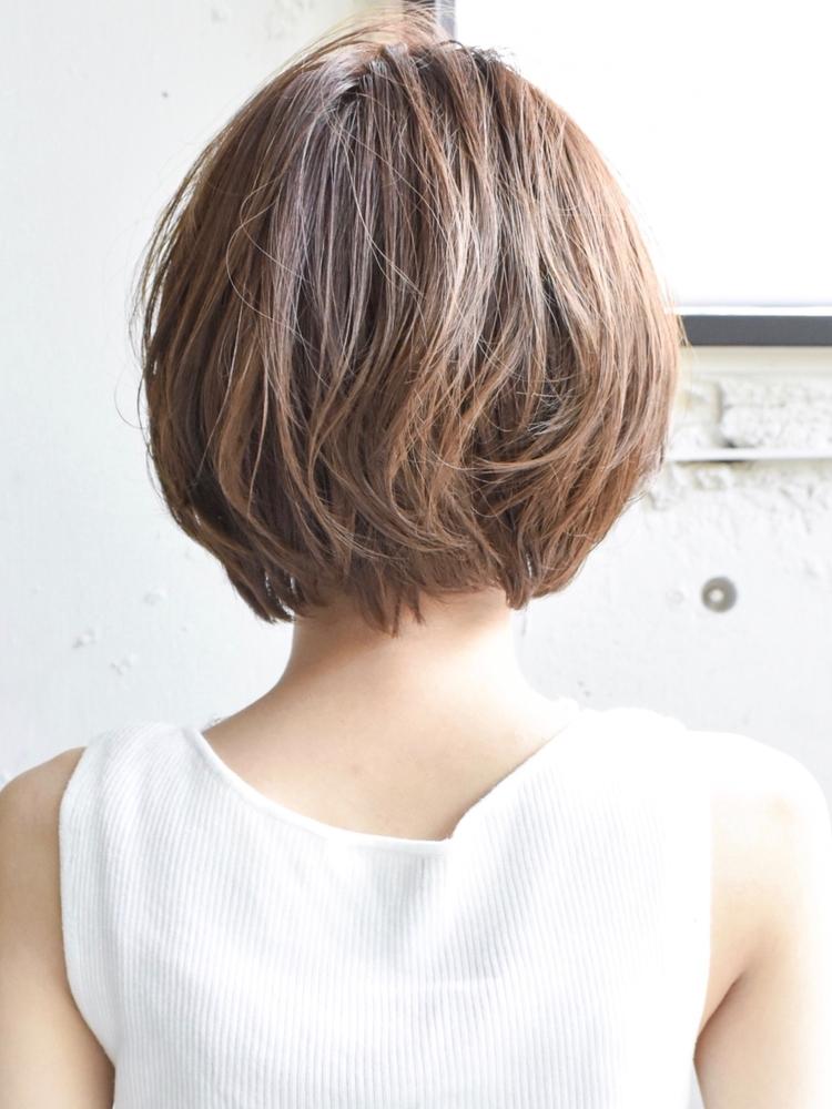 大人かわいいひし形ショートヘア