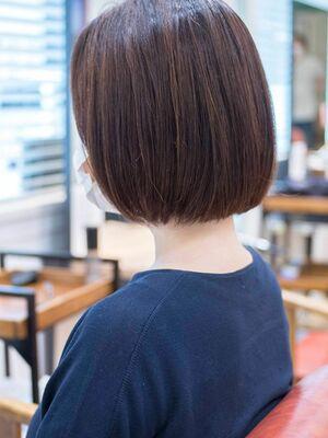 頭のカタチがきれいに見えるボブ・浦和の美容室トライベッカ荒巻充のショートヘア、ショートカット