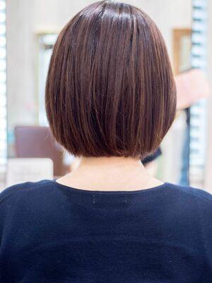 頭のカタチがきれいに見えるミニボブ・浦和の美容室トライベッカ荒巻充のショートヘア、ショートカット