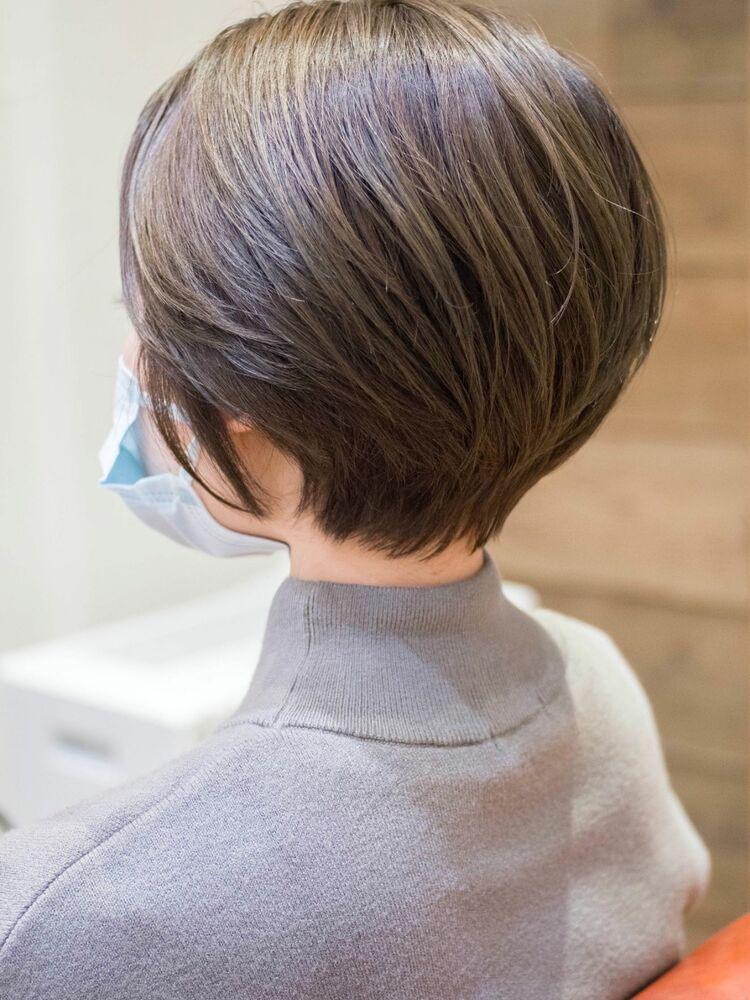 頭の形がきれいに見えるショートボブ・浦和の美容室トライベッカ荒巻充の髪型ショーヘア、カットが上手い