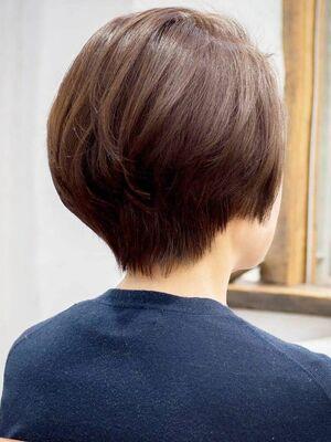 頭のかたちがキレイにショートボブ・浦和の美容室トライベッカ荒巻充のショートヘア、ショートカット