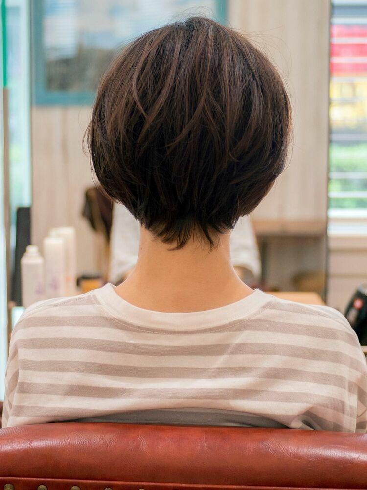 丸みシルエットのショートボブ・浦和の美容室トライベッカ荒巻充のショートヘア、ショートカット