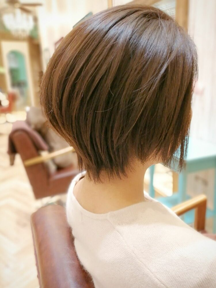 小顔に見えるショートボブ・浦和の美容室トライベッカ荒巻充のショートヘアー、ショートカット