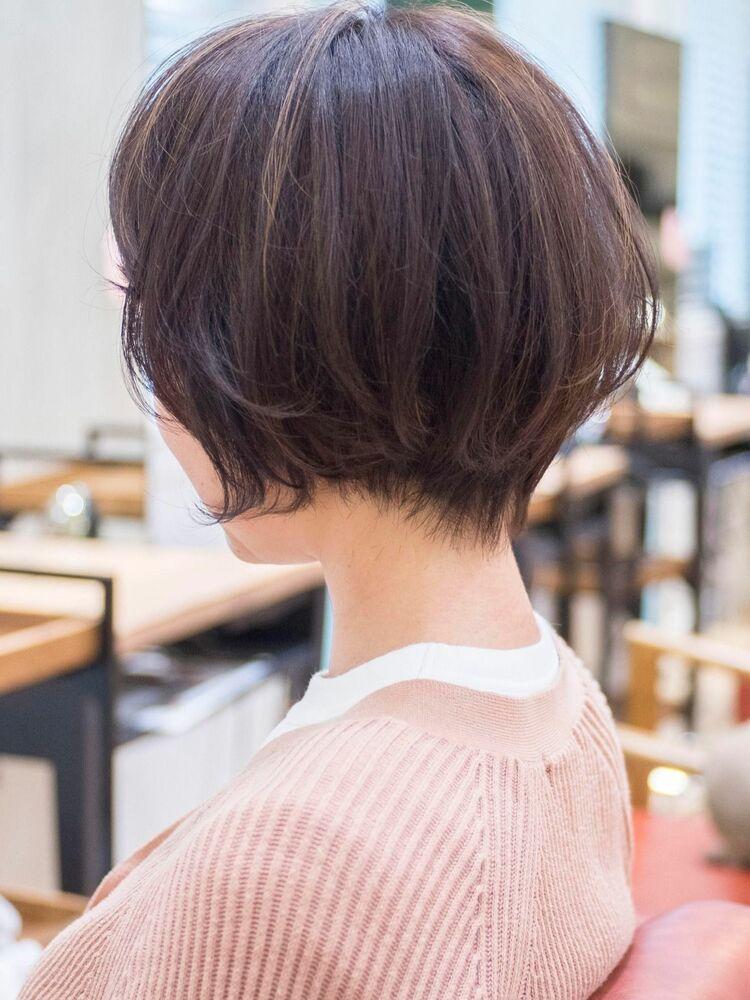 頭のかたちがキレイに見えるショートボブ・浦和の美容室トライベッカ荒巻充のショートヘア、ショートカット