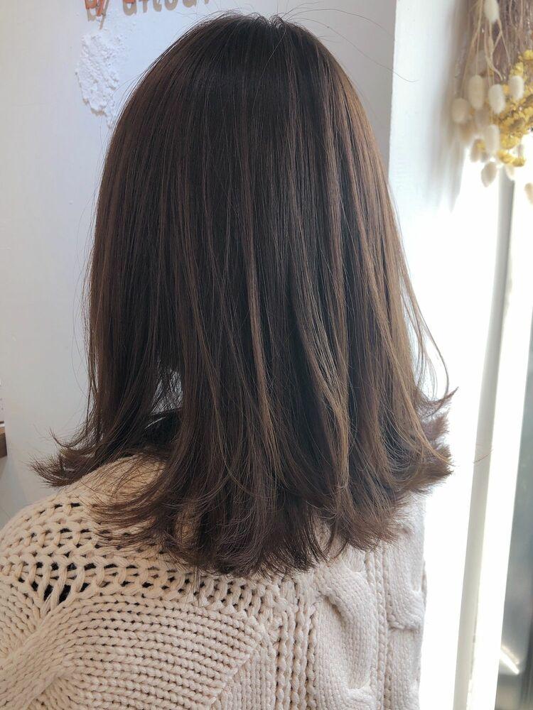 ♡透明感カラー♡レイヤー♡くびれミディ♡グレージュ♡ @yumikomatsumori