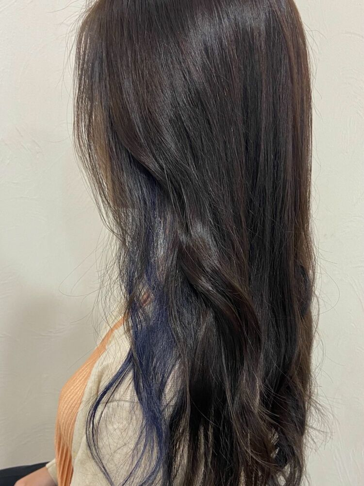 black × インナーブルー